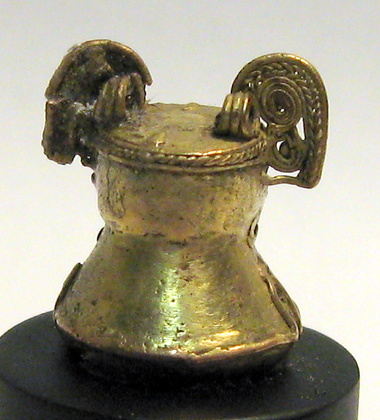 Tairona Human Headed Bell